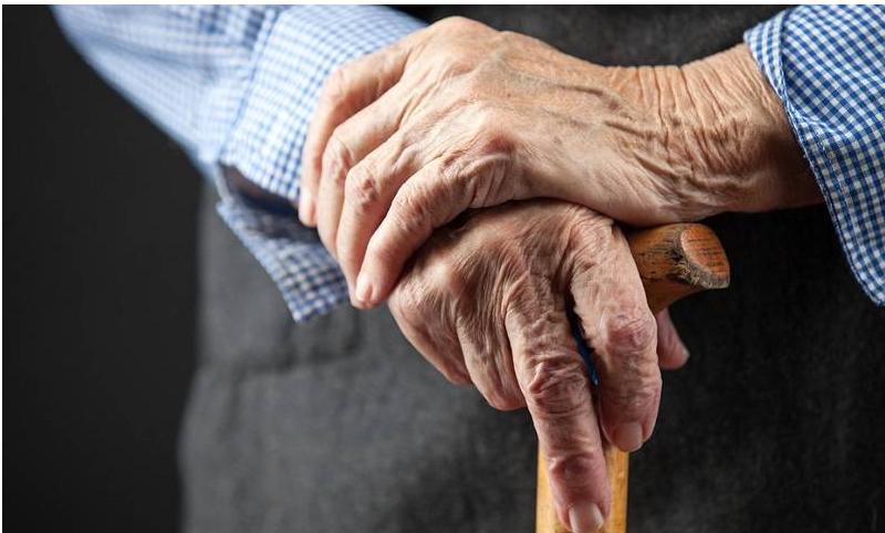 Asuransi Kesehatan untuk Orang Tua Tips Ini Membantu Anda Menentukan Pilihan yang Tepat!
