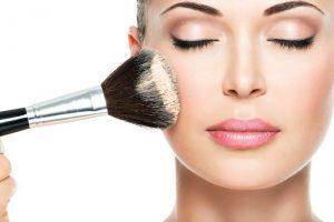 Ini Dia Hal Yang Harus Dihindari Saat Pengaplikasian Make Up