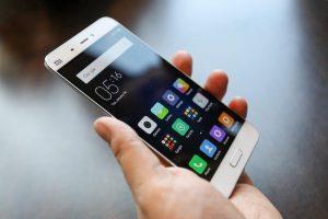 Kebiasaan Sepele yang Memicu Kerusakan Serius pada Smartphone