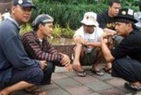 Tradisi Kebiasaan Orang Indonesia