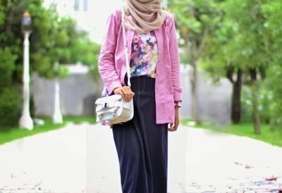 Style Modis Elegant Untuk Pergi Ke Kampus
